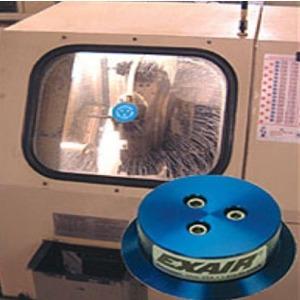 Régua e disco para limpeza de janelas de cabines